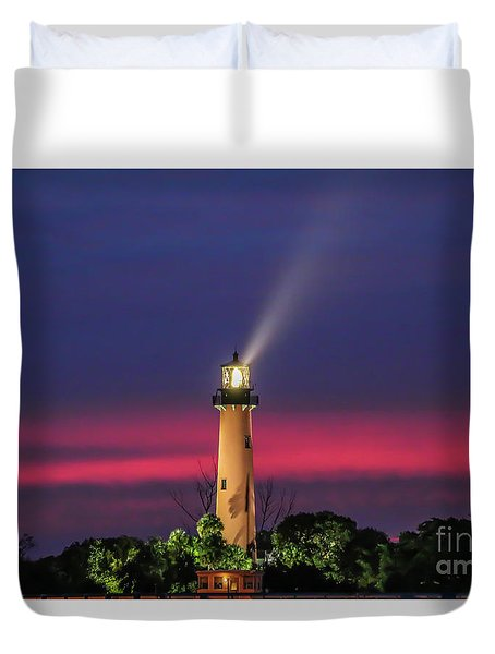 Duvet Cover featuring the photograph Jupiter Light Beam by Tom Claud