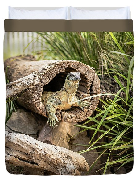 Lace Monitor During The Day. Duvet Cover