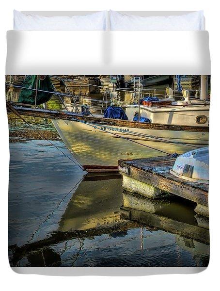 Lake Dardanelle Marina Duvet Cover