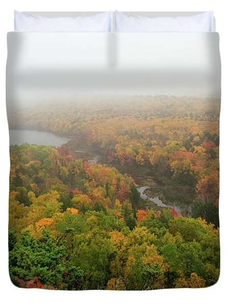 Lake Of The Clouds 8 Duvet Cover