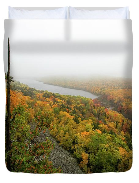 Lake Of The Clouds 9 Duvet Cover