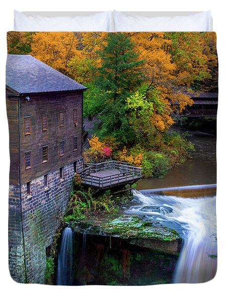 Lanterman's Mill In Fall Duvet Cover