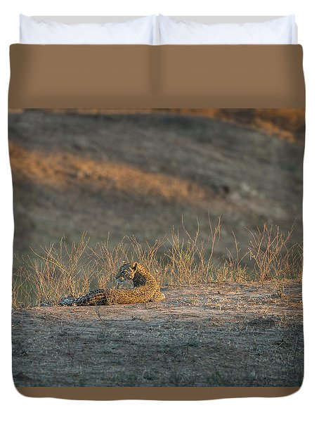 Duvet Cover featuring the photograph Lc10 by Joshua Able's Wildlife