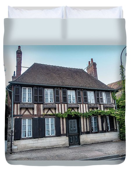 Duvet Cover featuring the photograph Le Vieux Logis D'acquigny by Randy Scherkenbach