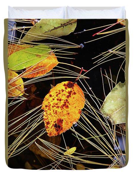 Leaf In Pond Duvet Cover