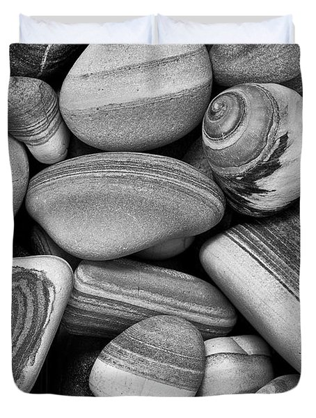 Lined Rocks And Shell Duvet Cover