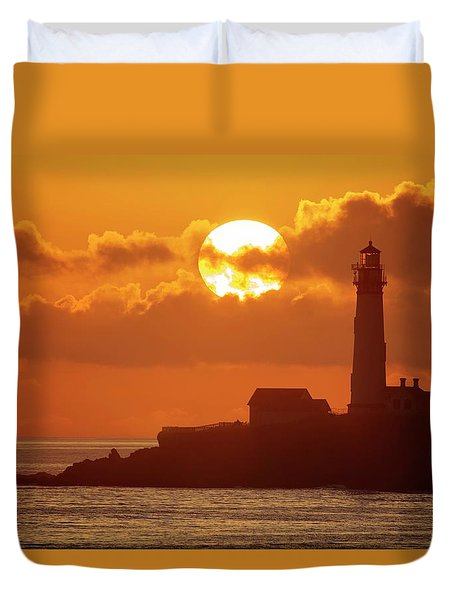 Duvet Cover featuring the photograph Listen To The Sound Of Waves And Seagulls by Quality HDR Photography