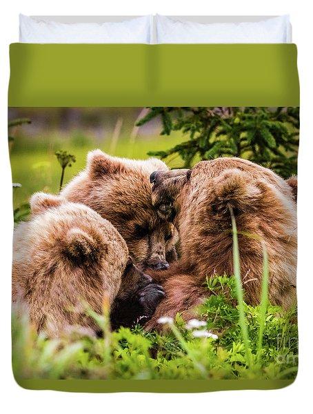 Mama Bear Nursing Her Two Cubs, Lake Clark National Park, Alaska Duvet Cover