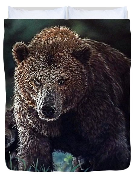 Mama Brown With Cubs Duvet Cover