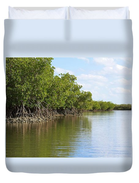 Mangroves And Oysters Duvet Cover