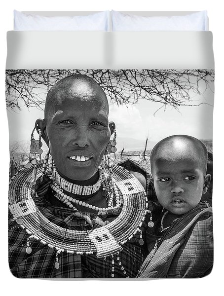Masaai Mother And Child Duvet Cover