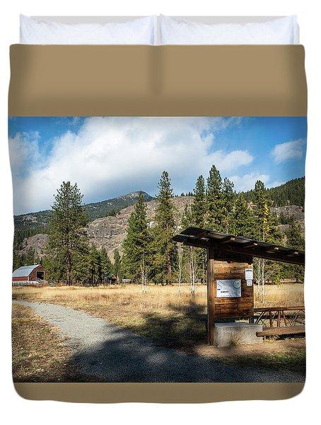 Mazama Barn Trail And Bench Duvet Cover