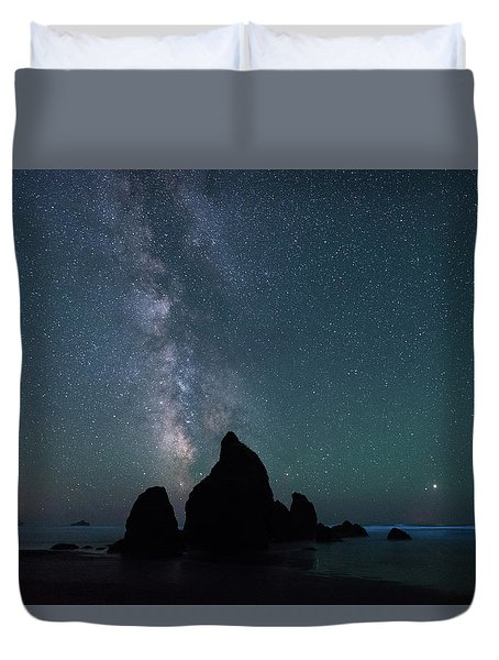 Milky Way At Ruby Beach, Olympic National Park Duvet Cover