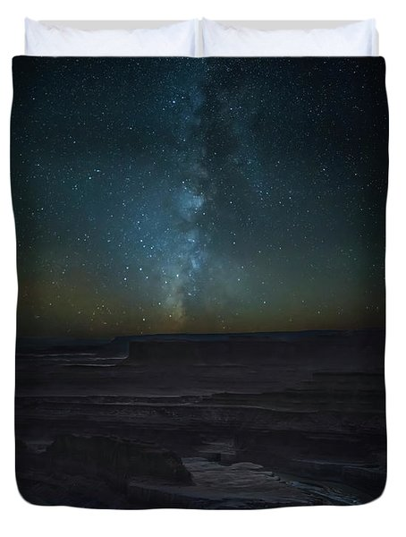 Duvet Cover featuring the photograph Milky Way Over Dead Horse Point by David Morefield