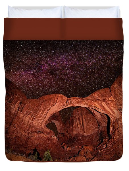 Duvet Cover featuring the photograph Milky Way Over Double Arch by Andy Crawford
