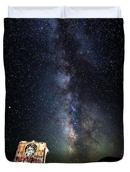 Milky Way Over Mojave Desert Graffiti 1 Duvet Cover