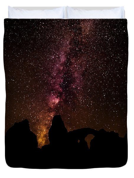 Duvet Cover featuring the photograph Milky Way Over Turret Arch by Andy Crawford