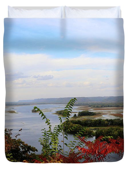 Mississippi River In The Fall Duvet Cover