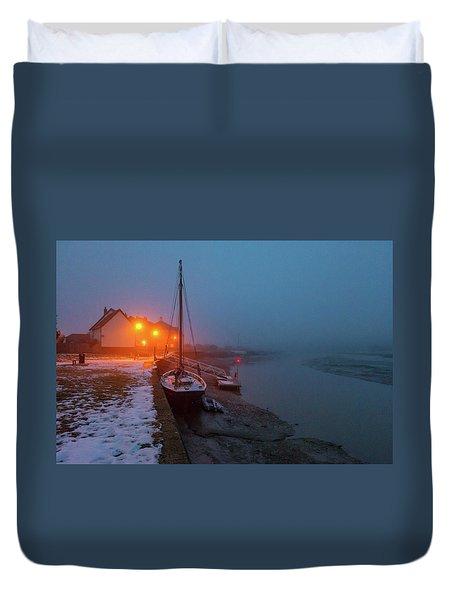 Duvet Cover featuring the photograph Misty Rowhedge Winter Dusk by Gary Eason