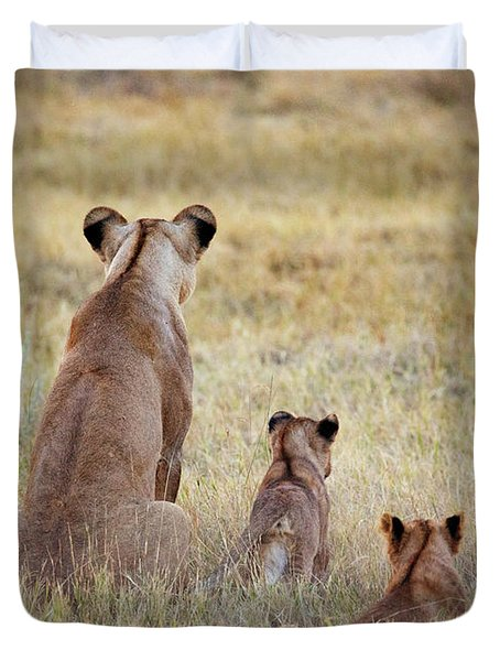 Mom And Cubs Duvet Cover
