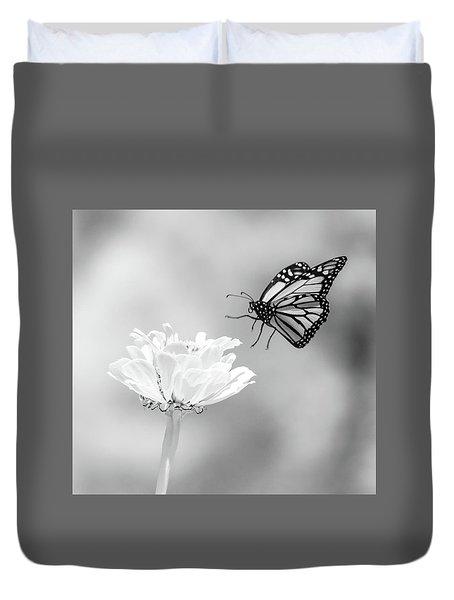 Monarch In Infrared 6 Duvet Cover