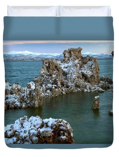 Mono Lake Tufa Towers Sunrise Duvet Cover