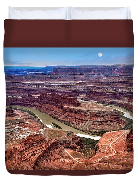 Duvet Cover featuring the photograph Moon Over Deadhorse Point by Andy Crawford