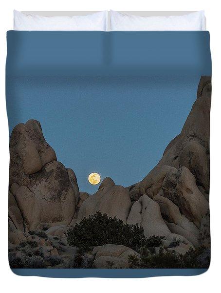Moonrise In The Sight Duvet Cover