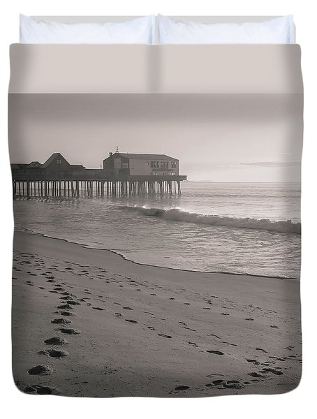 Duvet Cover featuring the photograph Morning Walk On Old Orchard Beach by Dan Sproul