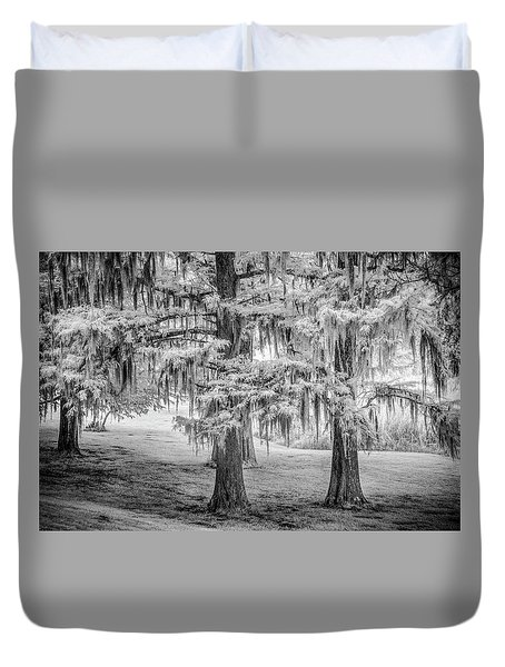 Moss Laden Trees 4132 Duvet Cover