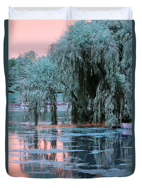 Mother Willow Infrared Duvet Cover