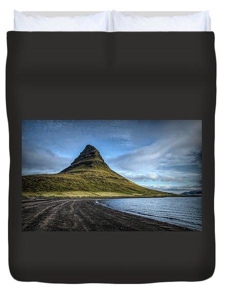Mt Kirkjufell Duvet Cover