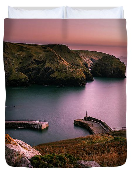 Mullion Cove Sunset - Cornwall General View Duvet Cover