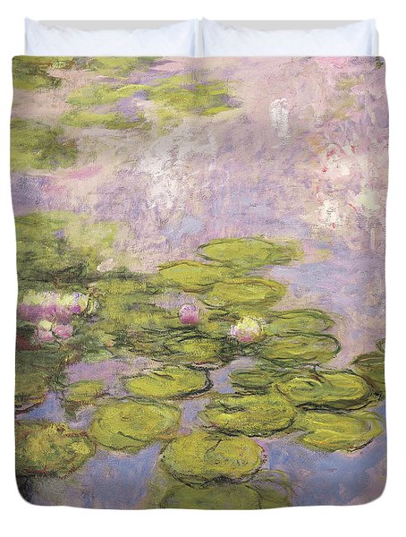 Nympheas, 1916 To 1919 Duvet Cover