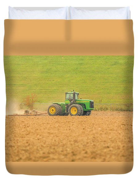 Duvet Cover featuring the photograph Ohio Farmer by Dan Sproul
