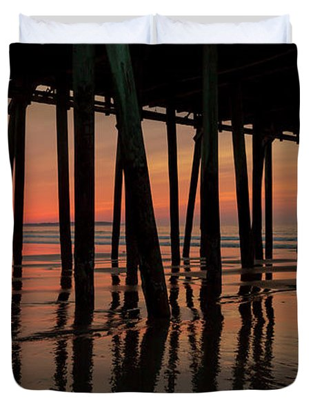 Old Orchard Beach Fishing Pier Welcome To The Day Duvet Cover