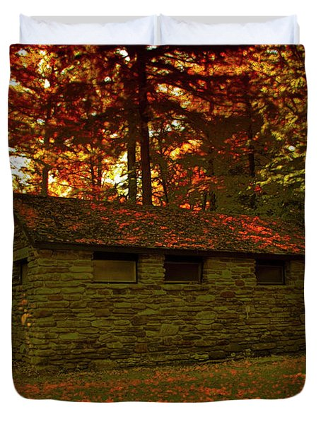 Old Stone Structure Duvet Cover