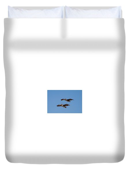 Duvet Cover featuring the photograph Outer Banks Pelicans by Lora J Wilson