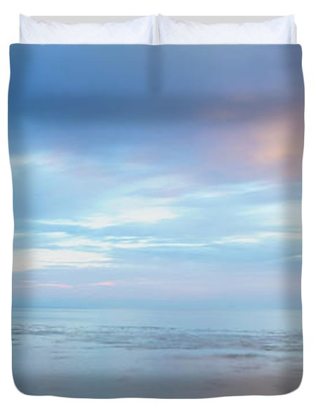 Pacific Ocean Vertical Panorama Duvet Cover