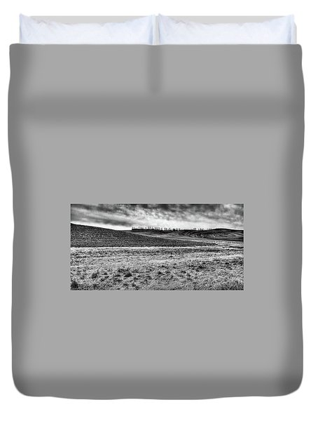 Duvet Cover featuring the photograph Palouse Treeline by David Patterson