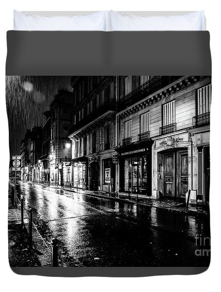 Paris At Night - Rue Saints Peres Duvet Cover