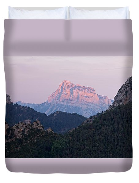 Duvet Cover featuring the photograph Pena Montanesa Glowing Red by Stephen Taylor