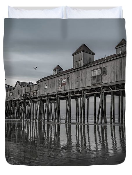 Pier At Dawn In Maine Duvet Cover