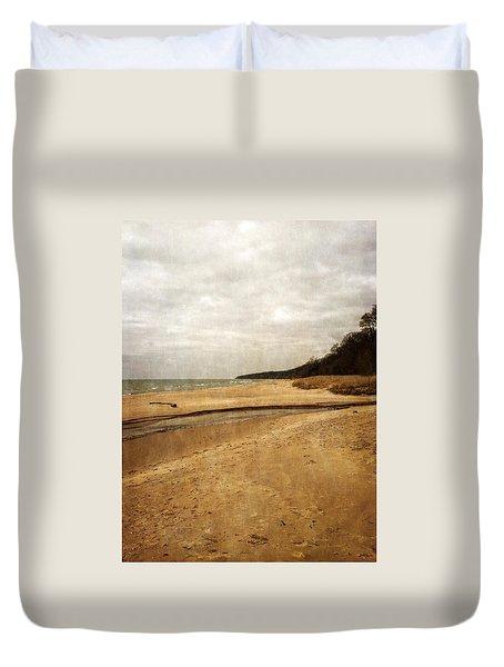 Pier Cove Beach With Driftwood Duvet Cover