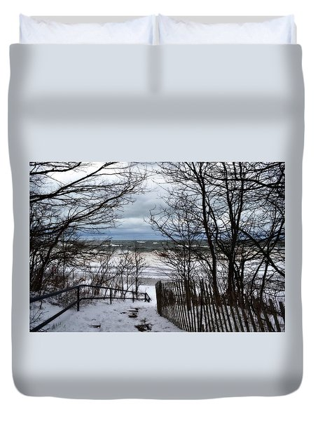 Pier Cove Beach With Winter Waves Duvet Cover