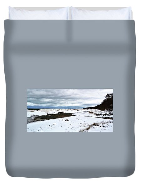 Pier Cove To The North Duvet Cover