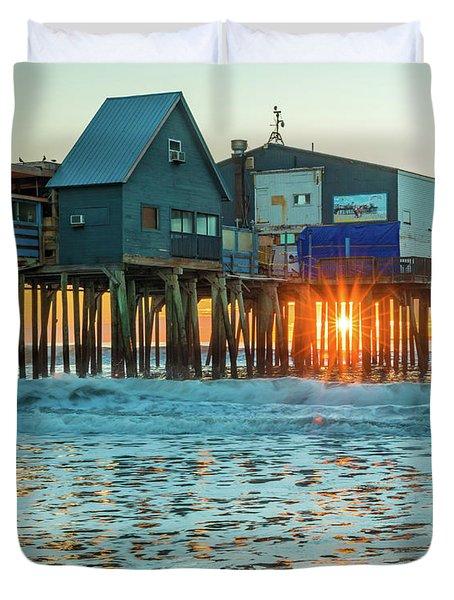 Pier Patio Pub Sunstar Duvet Cover