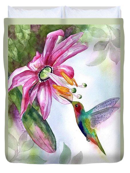 Pink Flower For Hummingbird Duvet Cover