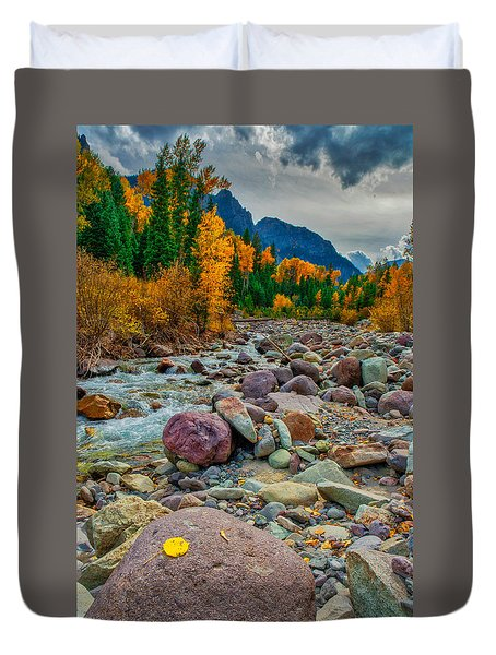 Point Of Color Duvet Cover