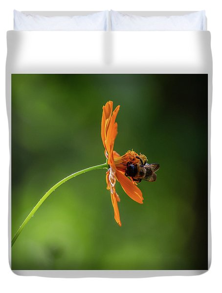 Duvet Cover featuring the photograph Pollinating The Cosmos by Dale Kincaid